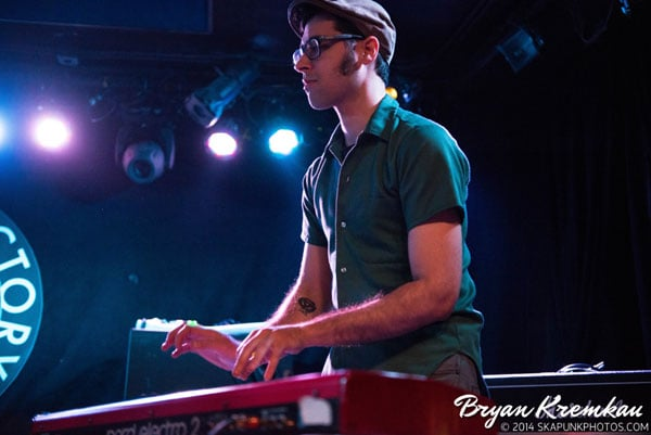 Mustard Plug, Deal's Gone Bad, Butcher Knives, The Fad @ Knitting Factory, Brooklyn, NY (38)