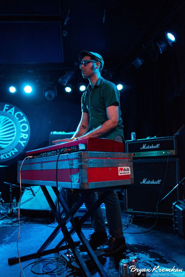 Mustard Plug, Deal's Gone Bad, Butcher Knives, The Fad @ Knitting Factory, Brooklyn, NY (31)