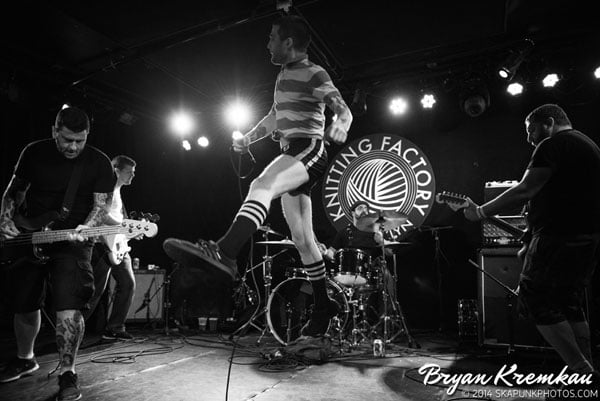 Mustard Plug, Deal's Gone Bad, Butcher Knives, The Fad @ Knitting Factory, Brooklyn, NY (73)