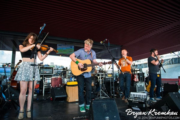 Carbon Leaf / Gaelic Storm @ Watermark Bar, NYC - June 26th 2014 (39)