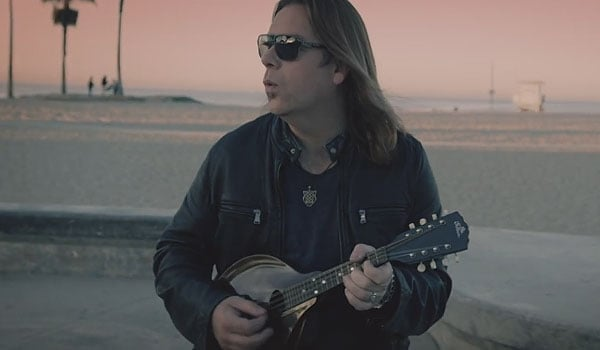 Alan Doyle - So Let's Go music video