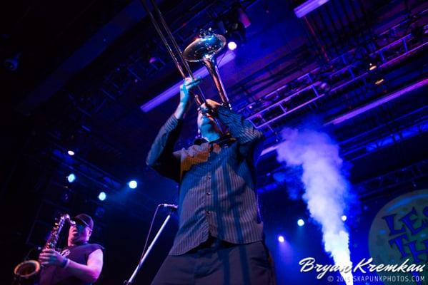 Reel Big Fish / Less Than Jake / Ballyhoo @ Best Buy Theater, NYC (50)