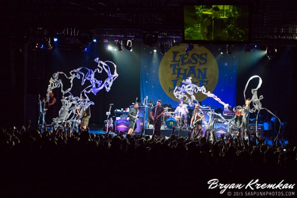 Reel Big Fish / Less Than Jake / Ballyhoo @ Best Buy Theater, NYC (38)