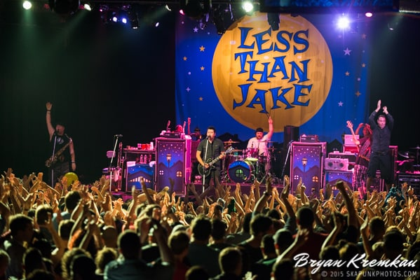 Reel Big Fish / Less Than Jake / Ballyhoo @ Best Buy Theater, NYC (36)