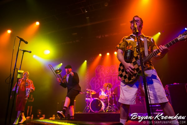 Reel Big Fish / Less Than Jake / Ballyhoo @ Best Buy Theater, NYC (25)