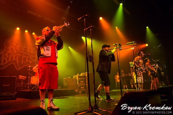 Reel Big Fish / Less Than Jake / Ballyhoo @ Best Buy Theater, NYC (18)