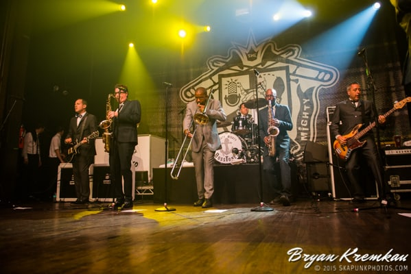 Mighty Mighty Bosstones, Street Dogs, The Interrupters @ Webster Hall (20)