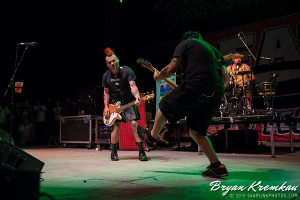 NOFX, Lagwagon, Strung Out, Swingin Utters, The Flatliners, Masked Intruder, Bad Cop Bad Cop, toyGuitar @ Stone Pony Summer Stage (10)