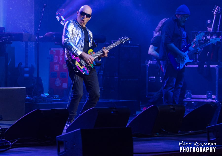 Joe Satriani @ The Capitol Theatre, Port Chester, NY (15)