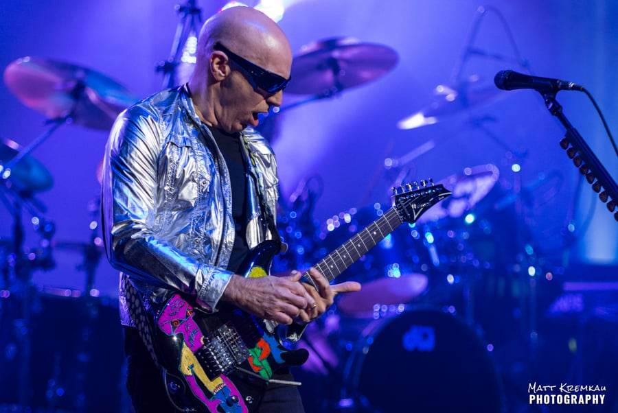 Joe Satriani @ The Capitol Theatre, Port Chester, NY (14)