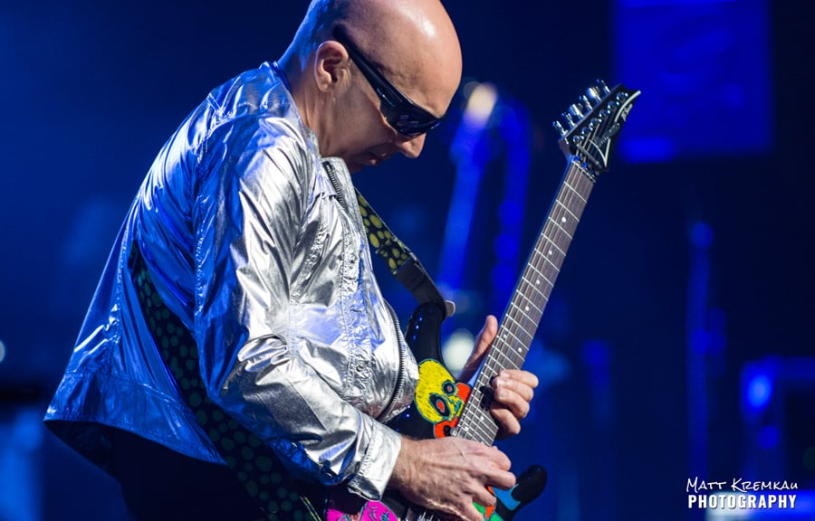 Joe Satriani @ The Capitol Theatre, Port Chester, NY (13)