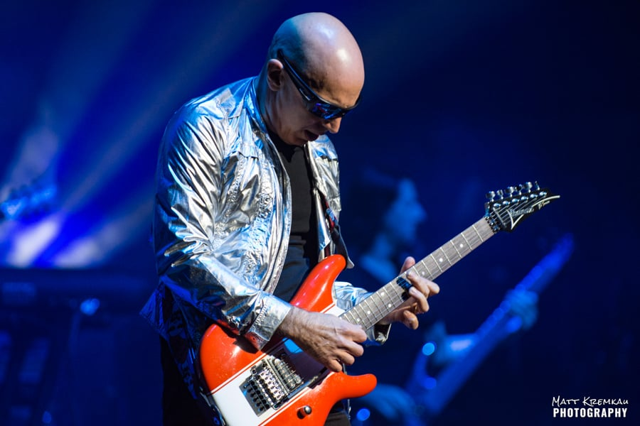 Joe Satriani @ The Capitol Theatre, Port Chester, NY (12)