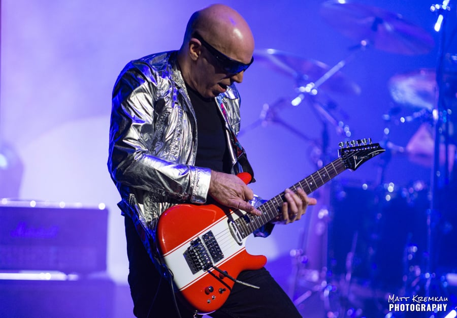 Joe Satriani @ The Capitol Theatre, Port Chester, NY (5)