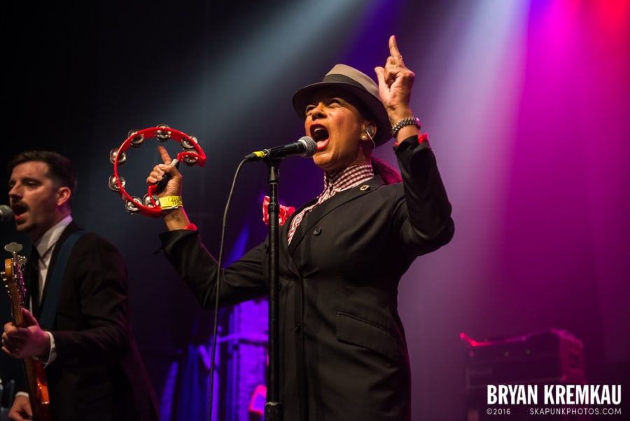 The Selecter, Hub City Stompers, high School Football Heroes @ Gramercy Theatre, NYC (24)