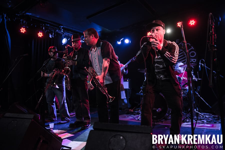 The Porkers, The Pandemics, The Rudie Crew, Skarroñeros @ Knitting Factory, Brooklyn, NY (49)