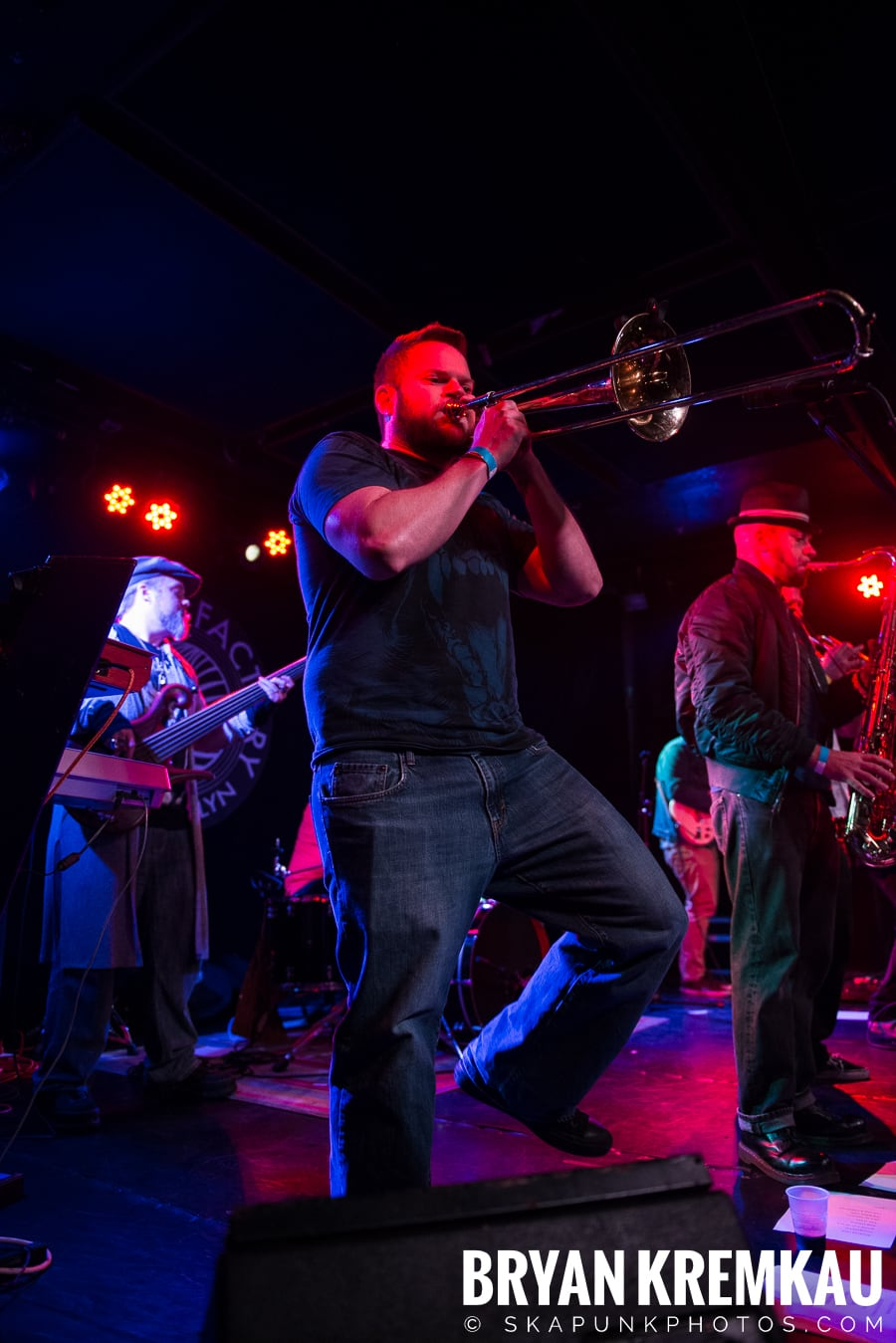 The Porkers, The Pandemics, The Rudie Crew, Skarroñeros @ Knitting Factory, Brooklyn, NY (43)
