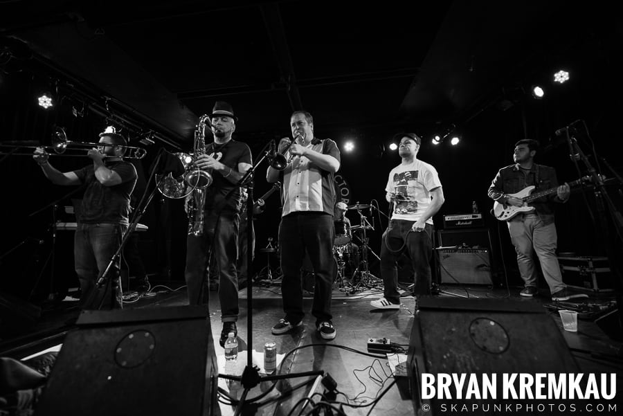 The Porkers, The Pandemics, The Rudie Crew, Skarroñeros @ Knitting Factory, Brooklyn, NY (42)