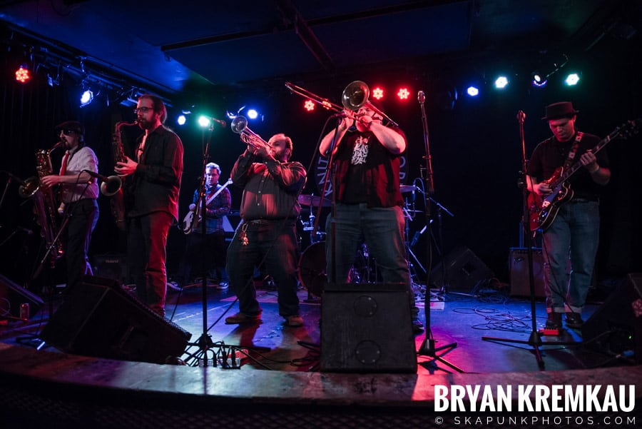The Porkers, The Pandemics, The Rudie Crew, Skarroñeros @ Knitting Factory, Brooklyn, NY (41)