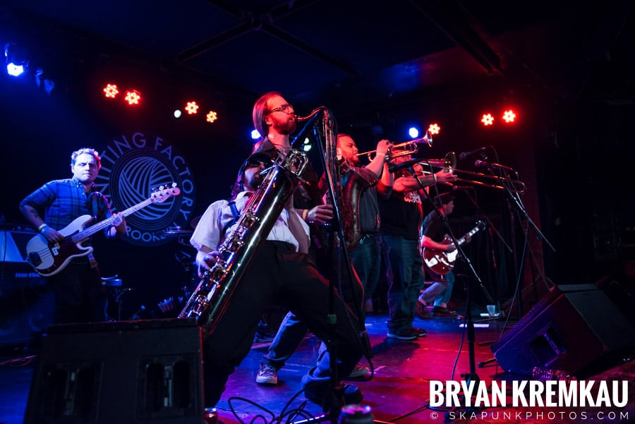 The Porkers, The Pandemics, The Rudie Crew, Skarroñeros @ Knitting Factory, Brooklyn, NY (30)
