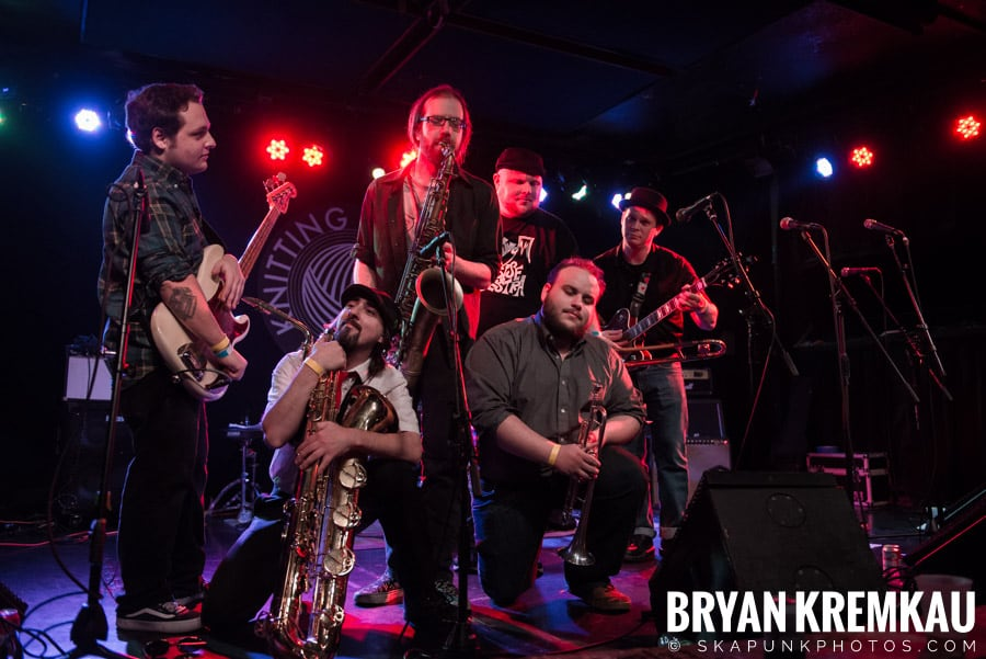 The Porkers, The Pandemics, The Rudie Crew, Skarroñeros @ Knitting Factory, Brooklyn, NY (29)