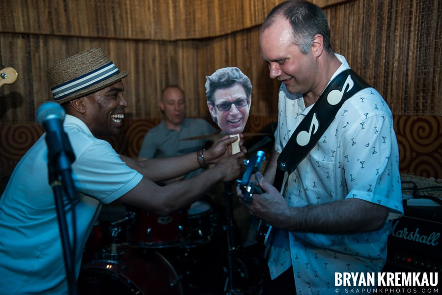 ReadJunk 20th Anniversary Party @ Otto's Shrunken Head, NYC (22)
