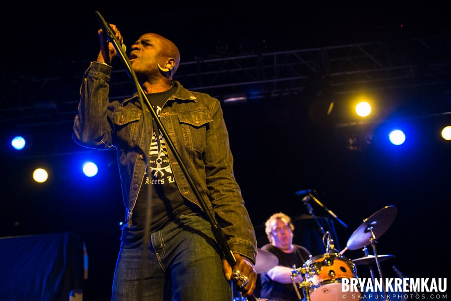 Mighty Mighty Bosstones, Mephiskapheles, Backyard Superheroes @ Starland Ballroom, Sayreville, NJ (41)
