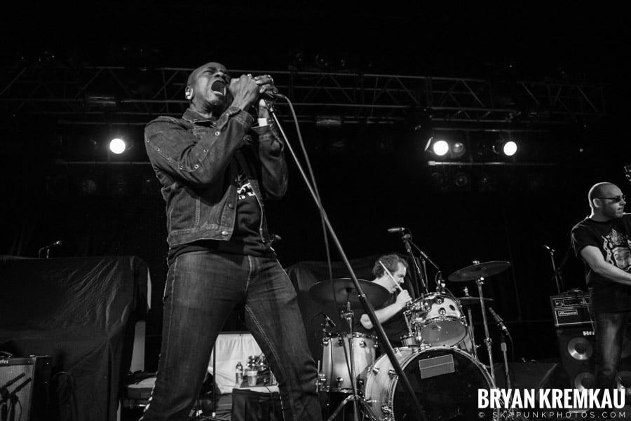 Mighty Mighty Bosstones, Mephiskapheles, Backyard Superheroes @ Starland Ballroom, Sayreville, NJ (40)