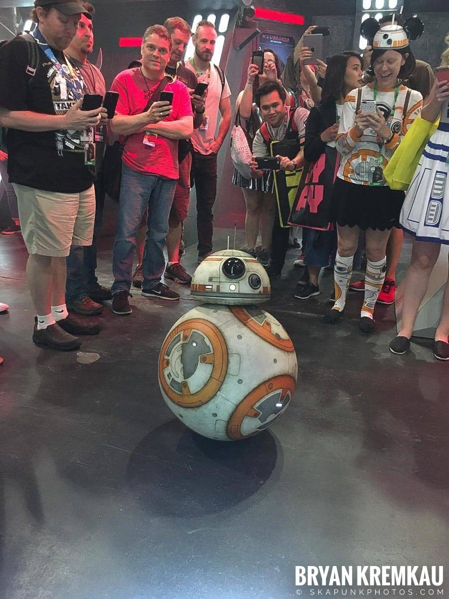 New York Comic Con: Friday, October 6th, 2017 Recap (50)